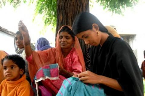 Livelihoods of the Urban Poor   Homenet South Asia